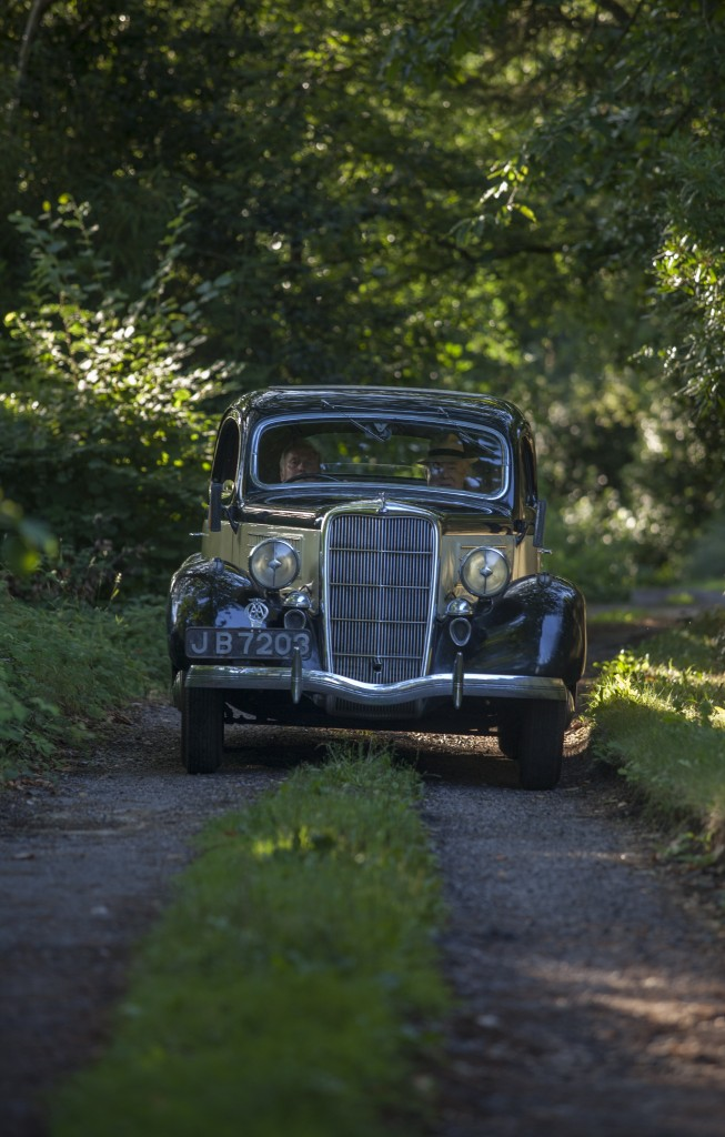 1935 Ford V8 coupé - Photograph by Tom Pilston